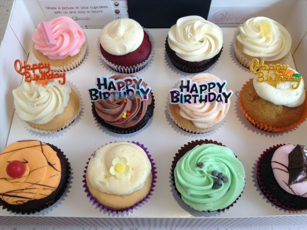 Our signature favourites Happy Birthday cupcake gift box