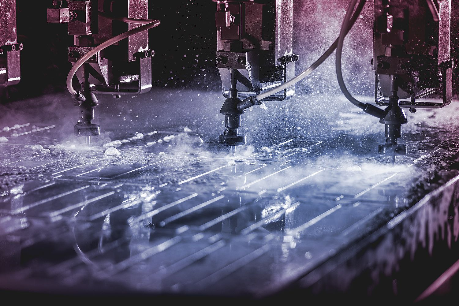 Ultra Cut water cutting, industrialphoto, lightning, photo Mika Tervaskangas / Therwiz Design. Ultra Cut vesileikkaus, teollisuuskuva, kuvaus, valaistus, photoshop, kuva, Mika Tervaskangas / Therwiz Design. #ad #technicalphoto #industrialphoto #Therwiz #MikaTervaskangas #TherwizDesign #layout #poster #photo #photomanipulation