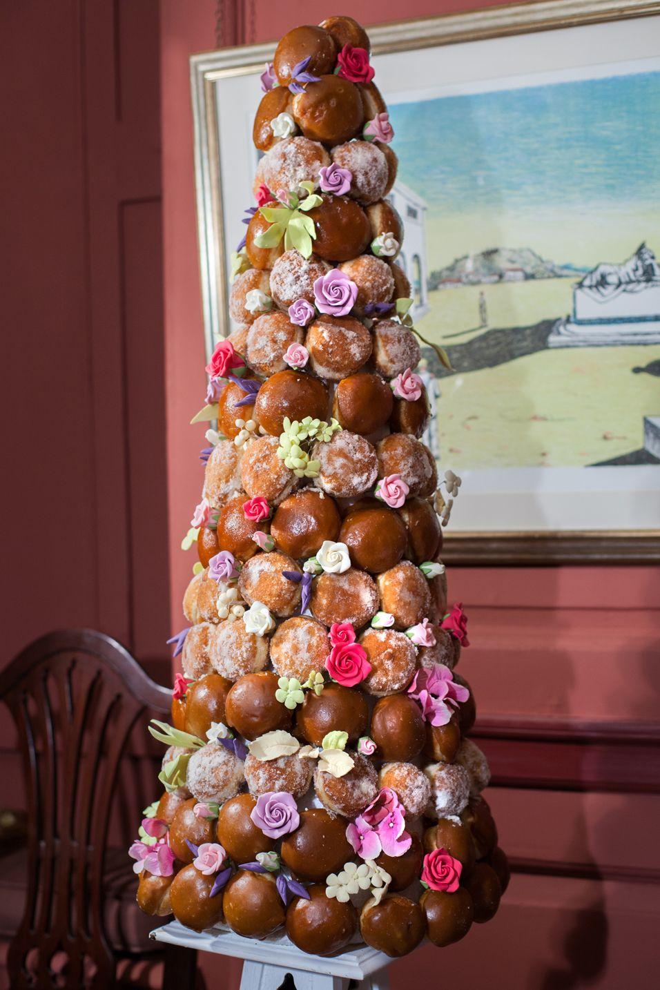 cake-hotel-made-from-sugar