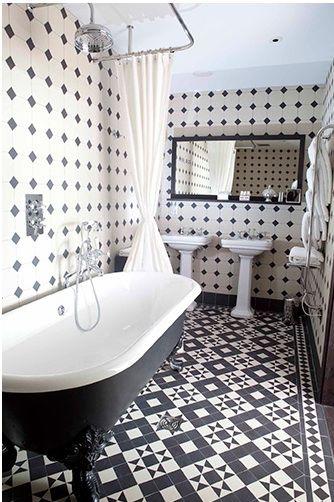 Salle De Bain Retro Avec Carrelage Noir Et Blanc Patterns