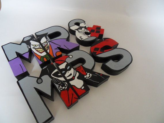 Wedding mr mrs comic decor joker harley quinn geek for Harley quinn bedroom designs