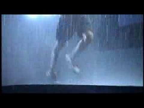 "Nike + iPod TV commercial ""Running + Motivation"" (2006)"
