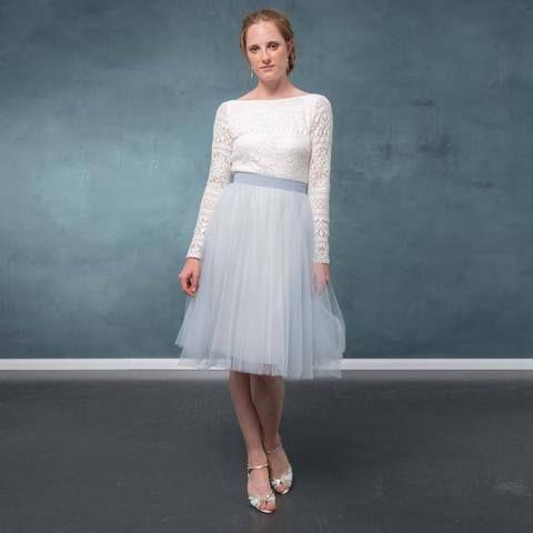 tüllrock kurz in blau für die hochzeit  zoe  kleider hochzeitskleid und weißes kleid