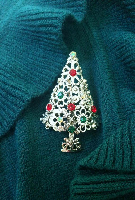 Stunning, Lancer brooch, signed Christmas tree brooch, holiday jewelry, vintage Christmas tree brooch, Lancer, gifts for her, vintage brooch