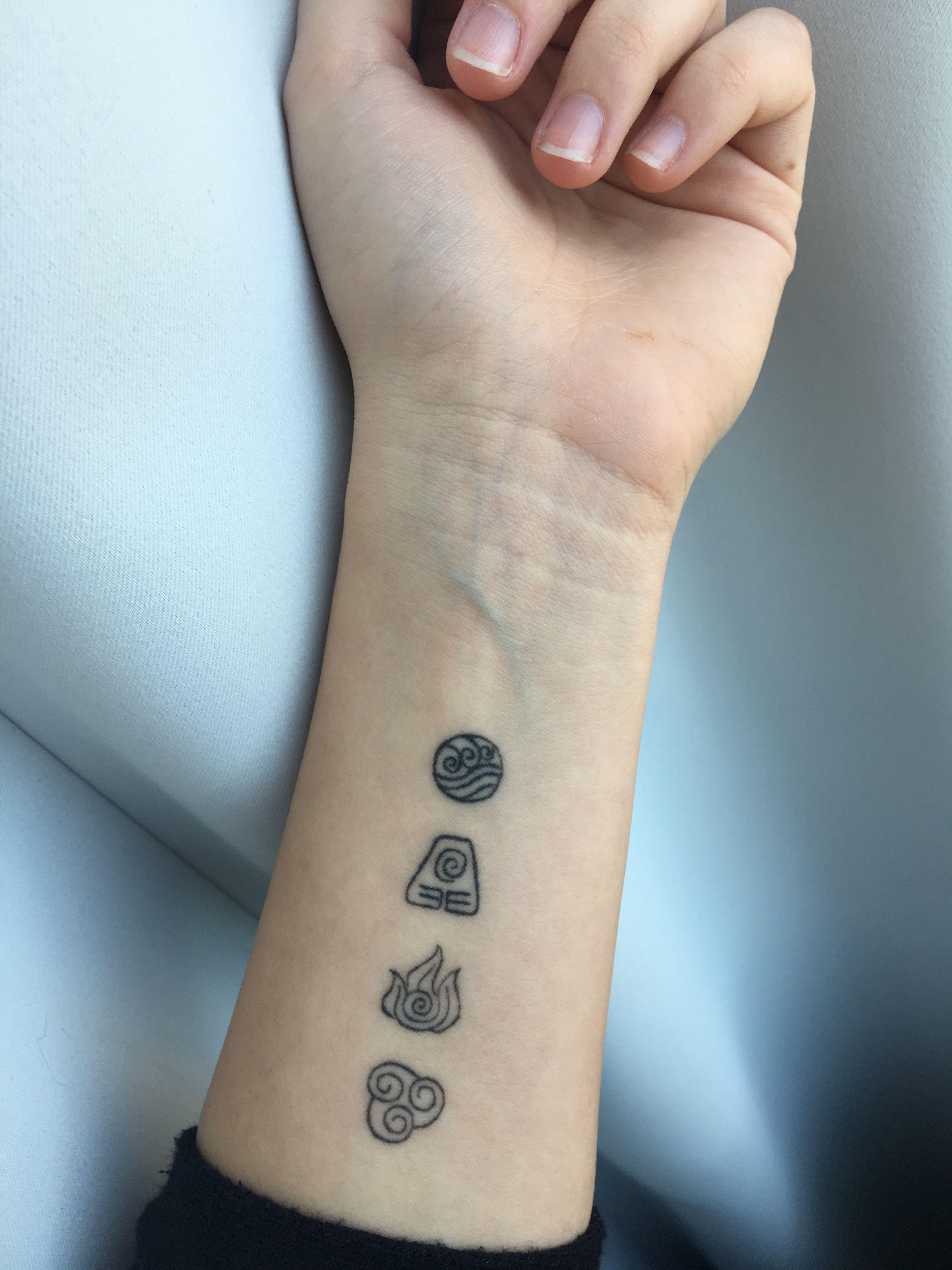 Pin on tatuajes-vikingos