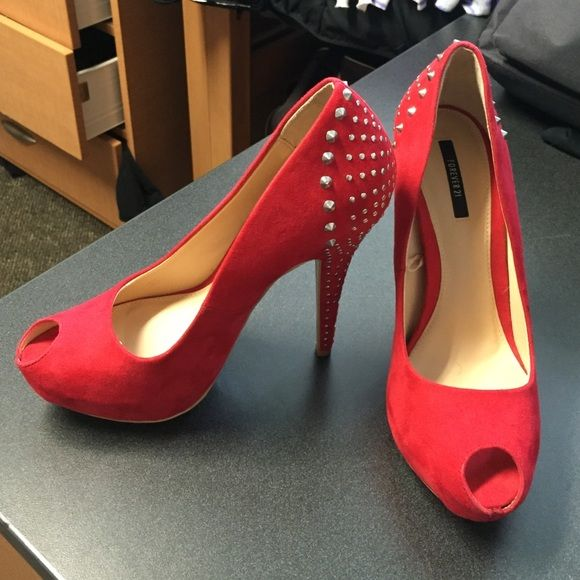 Red Forever 21 Heels Cute red heels (Worn once) Open to offers! Forever 21 Shoes Heels