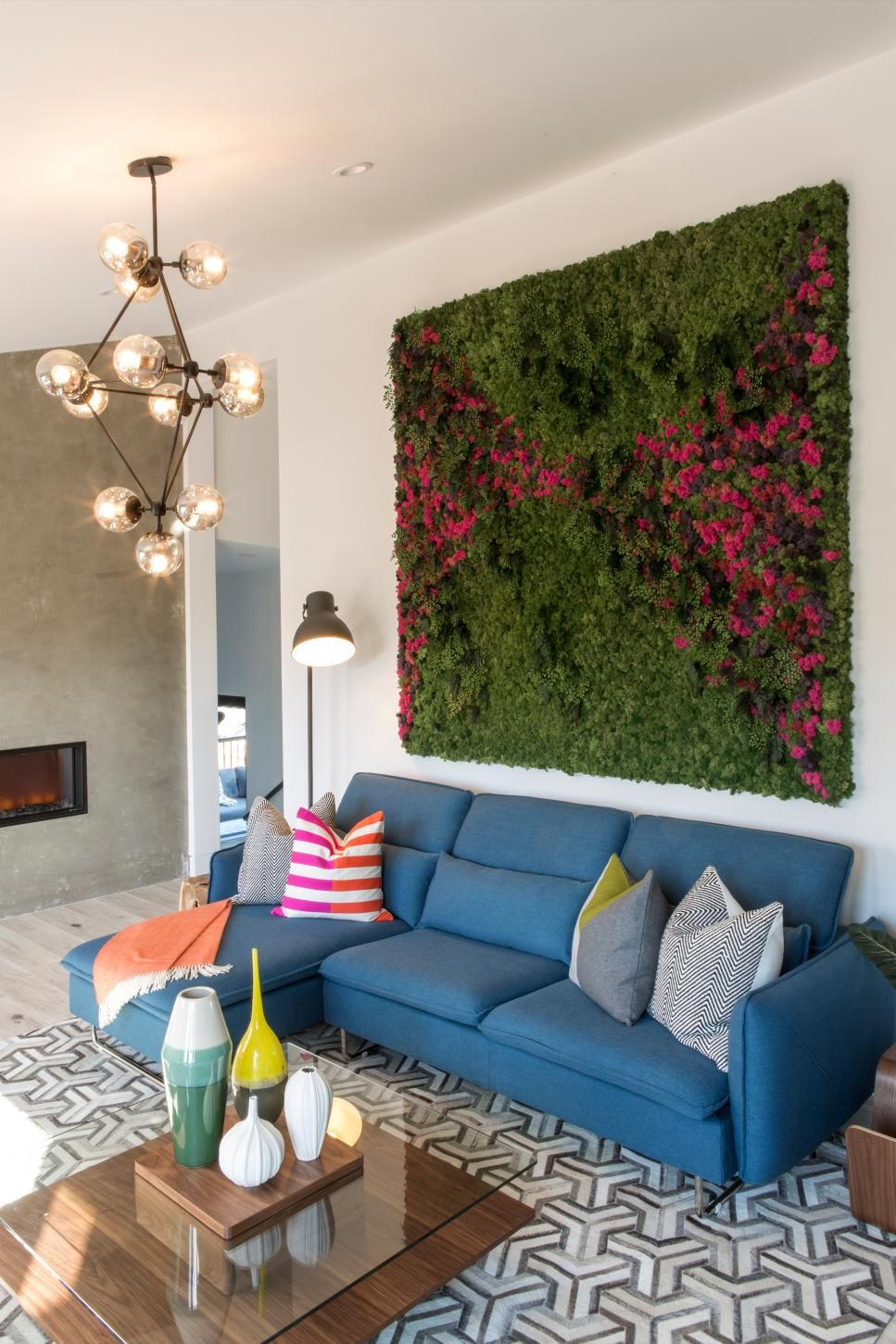 Brother Vs Brother San Francisco The Living Room Challenge Brother Vs Brother On Hgtv Hgtv Dream Living Rooms Family Room Living Wall Indoor