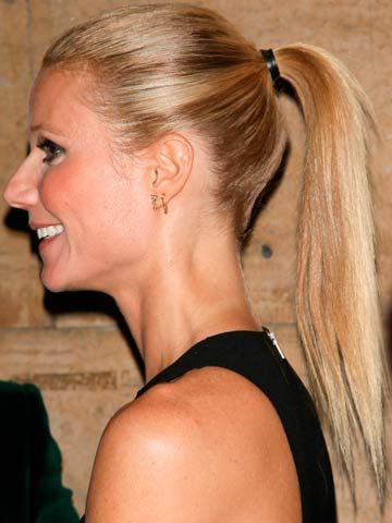 Love Gwyneth Paltrows Poker Straight Pony Tail Bang On Trend Straight Ponytail