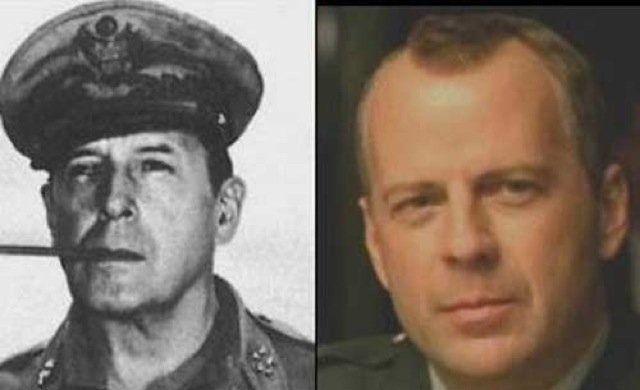 Unbelievable Celebrity Doppelgangers From History Celebrity Look Alike Bruce Willis Celebrity Twins