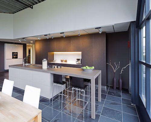 House Design Keuken : In deze design keuken is een nis in de kastenwand gemaakt handig