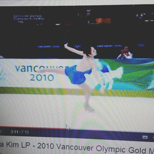 這天氣好適合啊 #beautiful #amazing #unreal #kimyuna #김연아 #Olympic #figure #queen #night #smile #gogo #화이팅 #exciting #2014 #sochi - @leeoneone11- #webstagram