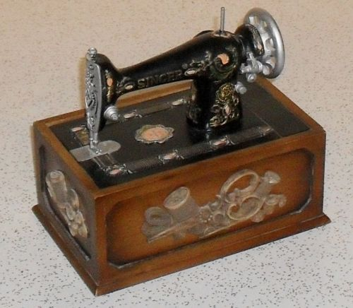 Vintage Singer Sewing Box Kit Wood Box With Miniature Sewing Enchanting Mini Singer Sewing Machine Antique