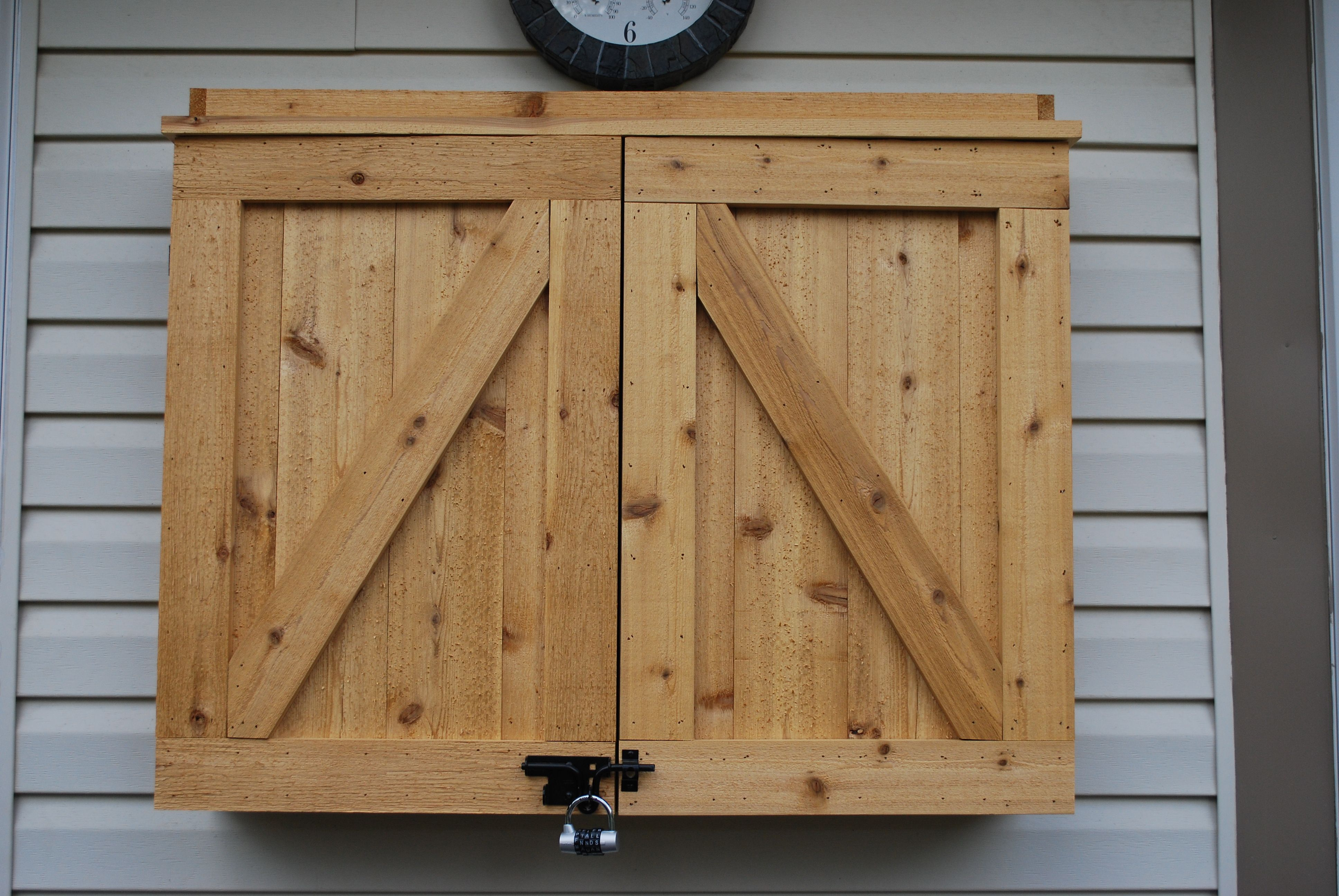 Outdoor Tv Cabinet Made From Cedar Built For A 42 Tv Outdoor Tv Cabinet Outdoor Tv Case Outdoor Tv