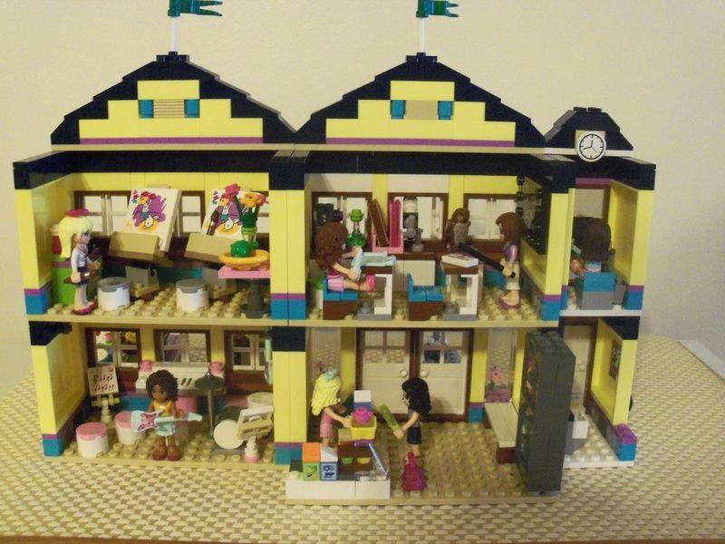 Lego Friends Heartlake City High School A Mod Lego Lego
