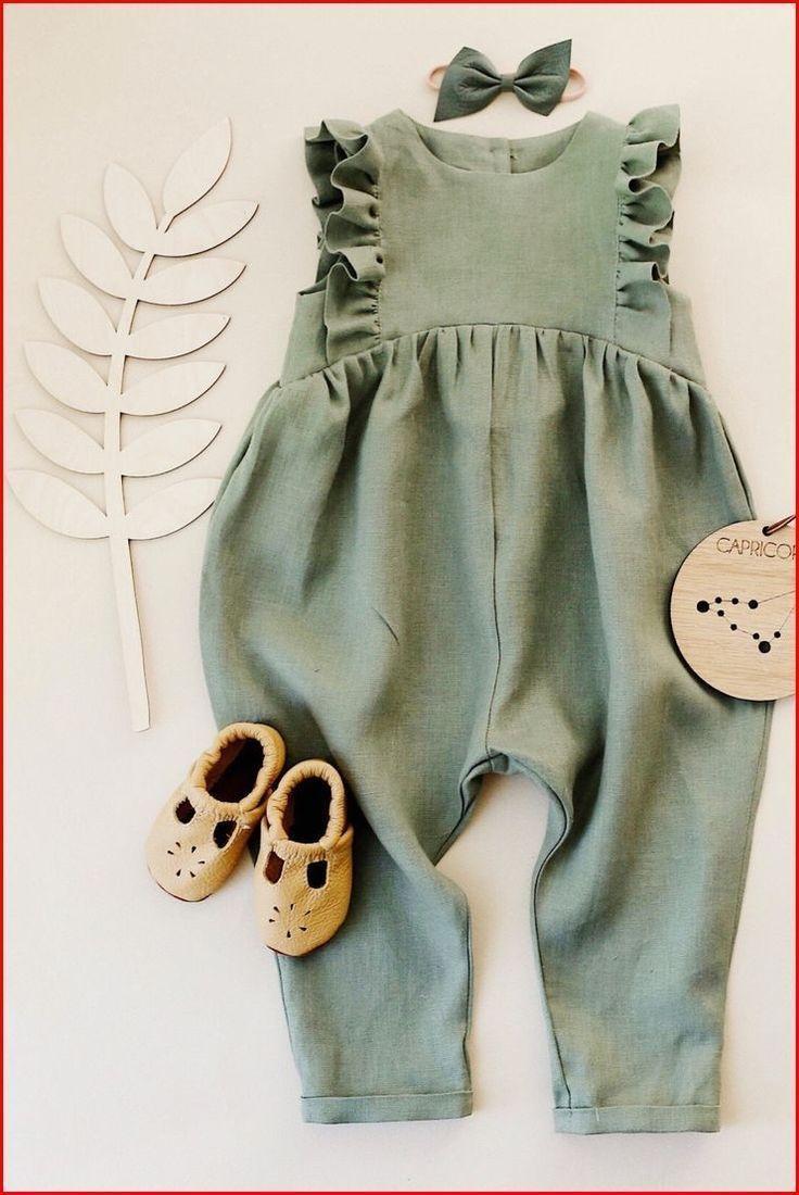 Kleiner Junge. Entdecken Sie eine wunderbare Auswahl an ...   - Baby Kleidung -