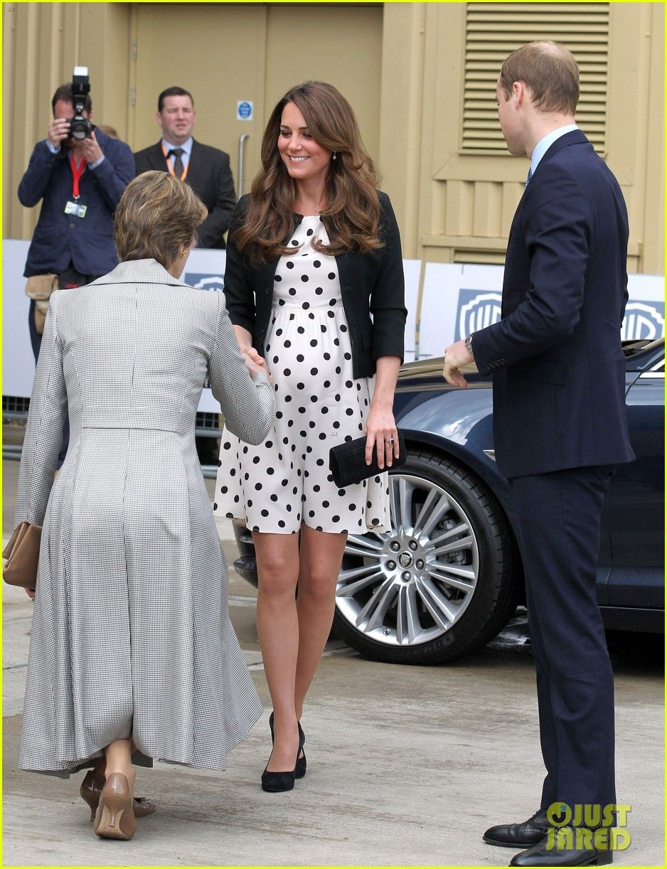 Kate middleton pregnant kate middleton pregnant warner bros kate middleton pregnant kate middleton pregnant warner bros studios visit with prince william ombrellifo Gallery