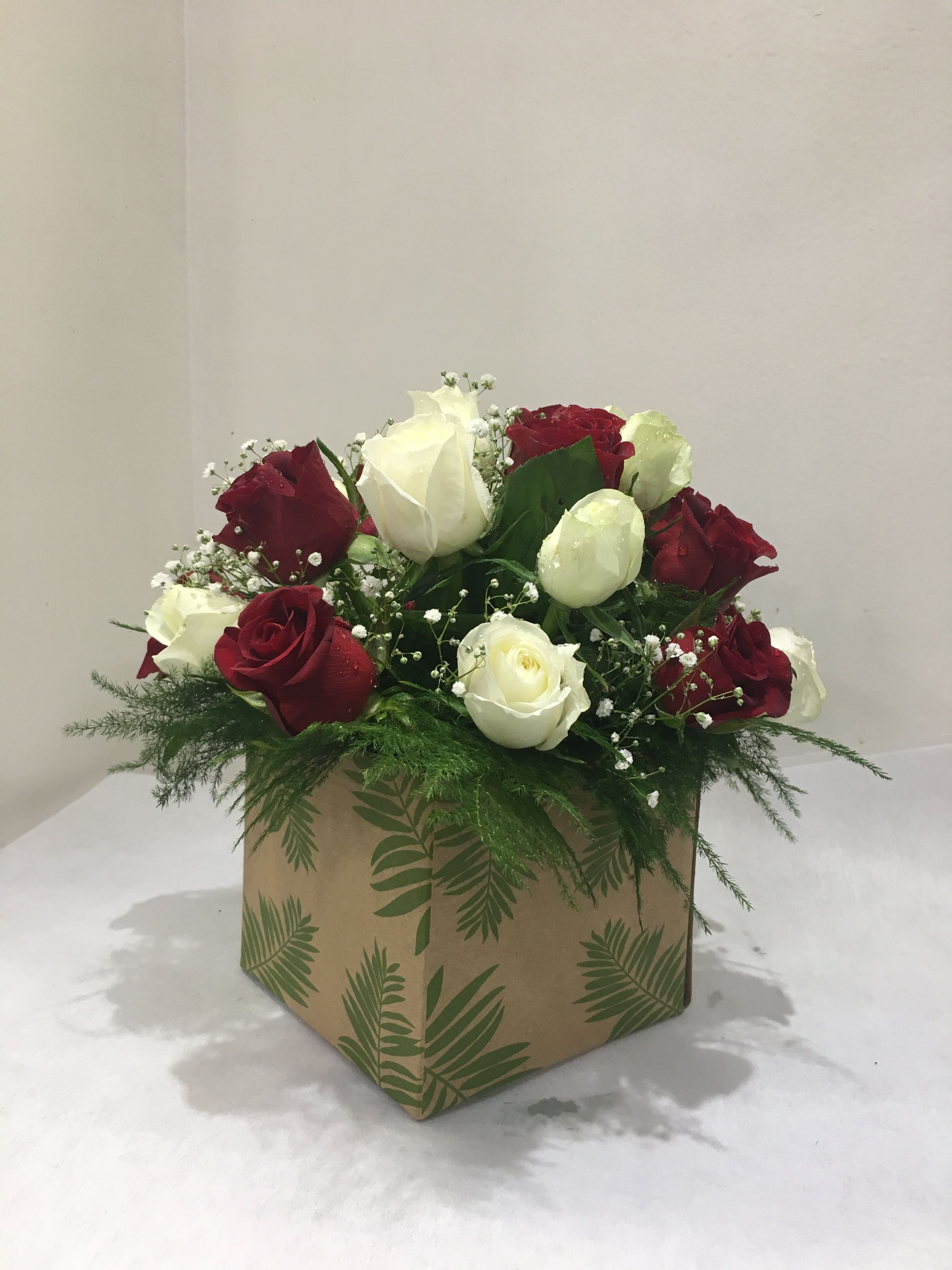 Blooms only makes selecting the perfect anniversary