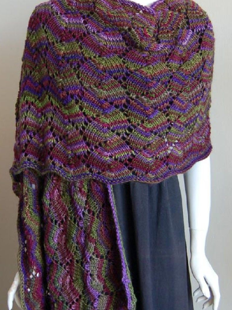 Knitting Lace Patterns For Beginners : Love the colors in this lace shell shawl knitting