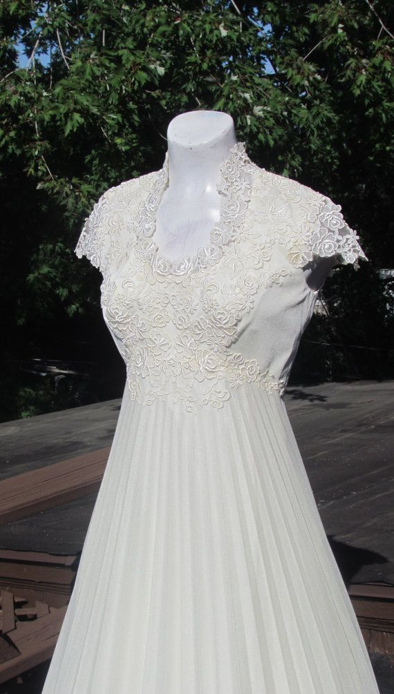 Reserved-GORGEOUS Vintage VICTORIAN Wedding GOWN | Victorian, Gowns ...