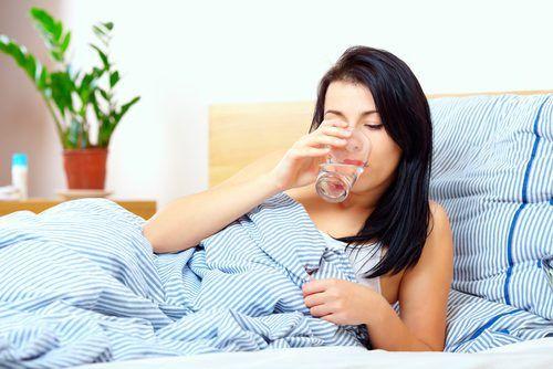 Γιατί πρέπει να πίνετε νερό αμέσως μόλις...  #Υγεία