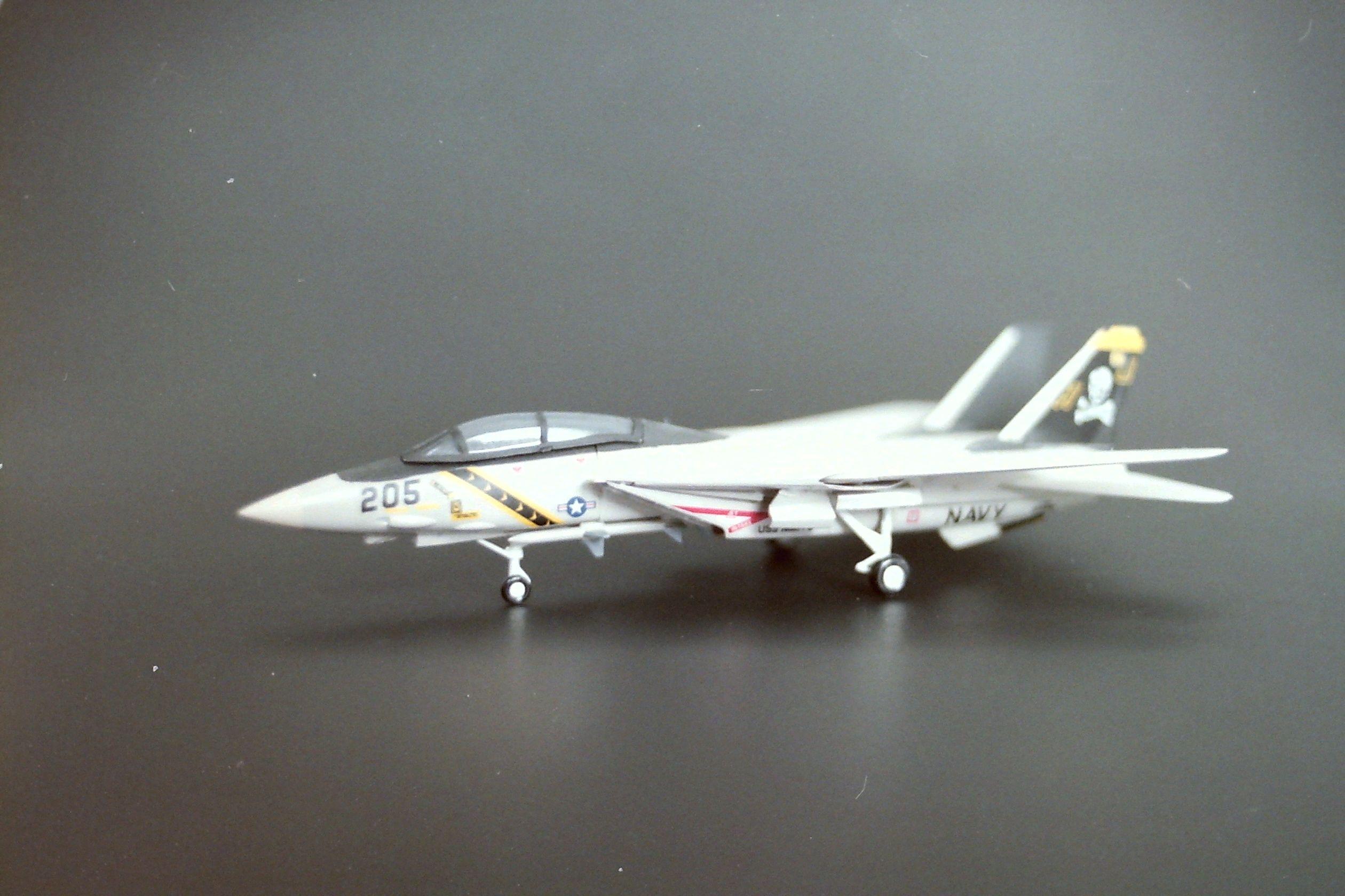 Minature Model F16