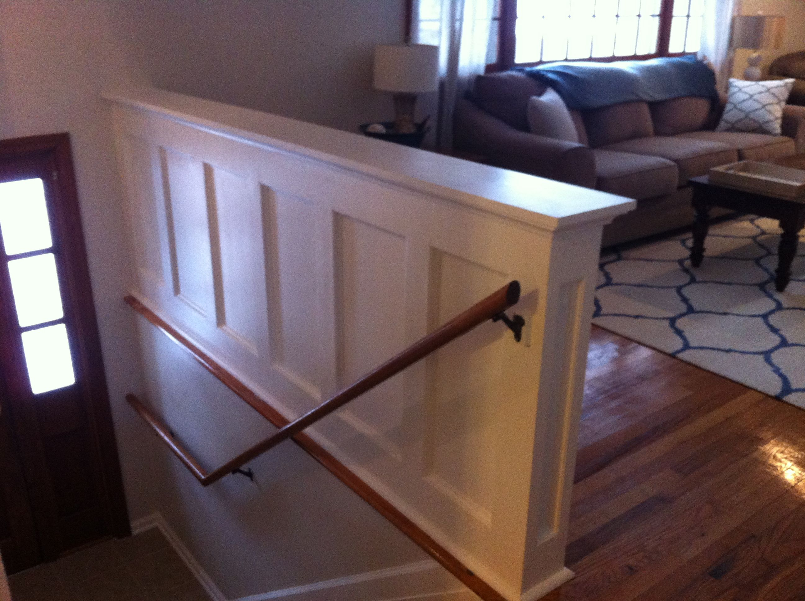 Best Entry Stair Railing – Split Foyer Split Foyer Raised Ranch Remodel Split Foyer Entry 400 x 300