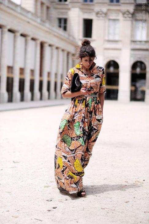 Abstract print maxi dress #StreetStyle #Paris – Palais Royal