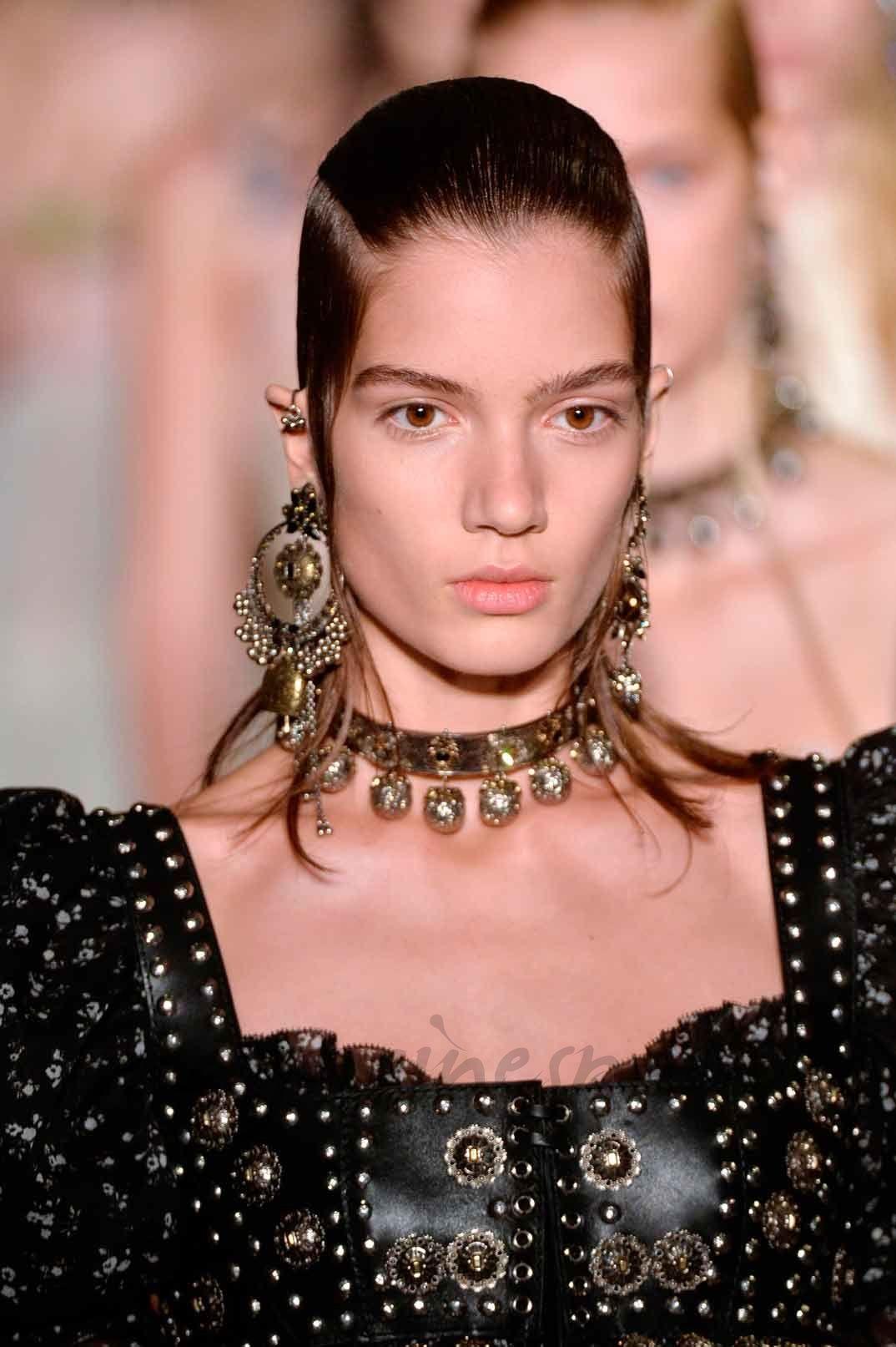 París Fashion Week: Alexander McQueen Primavera-Verano 2017