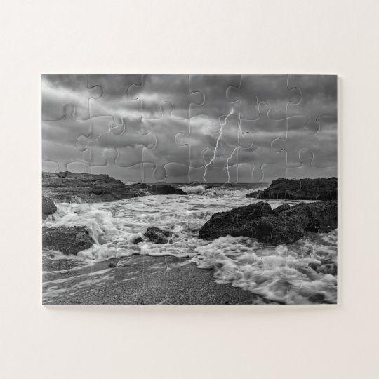 Puzzle de una tormenta electrica en el mar