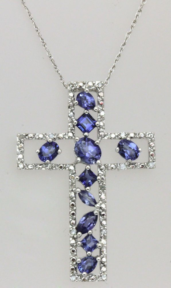 f4e56a7a7193 10k white gold 0.18 ct diamond   blue sapphire cross pendant chain 18