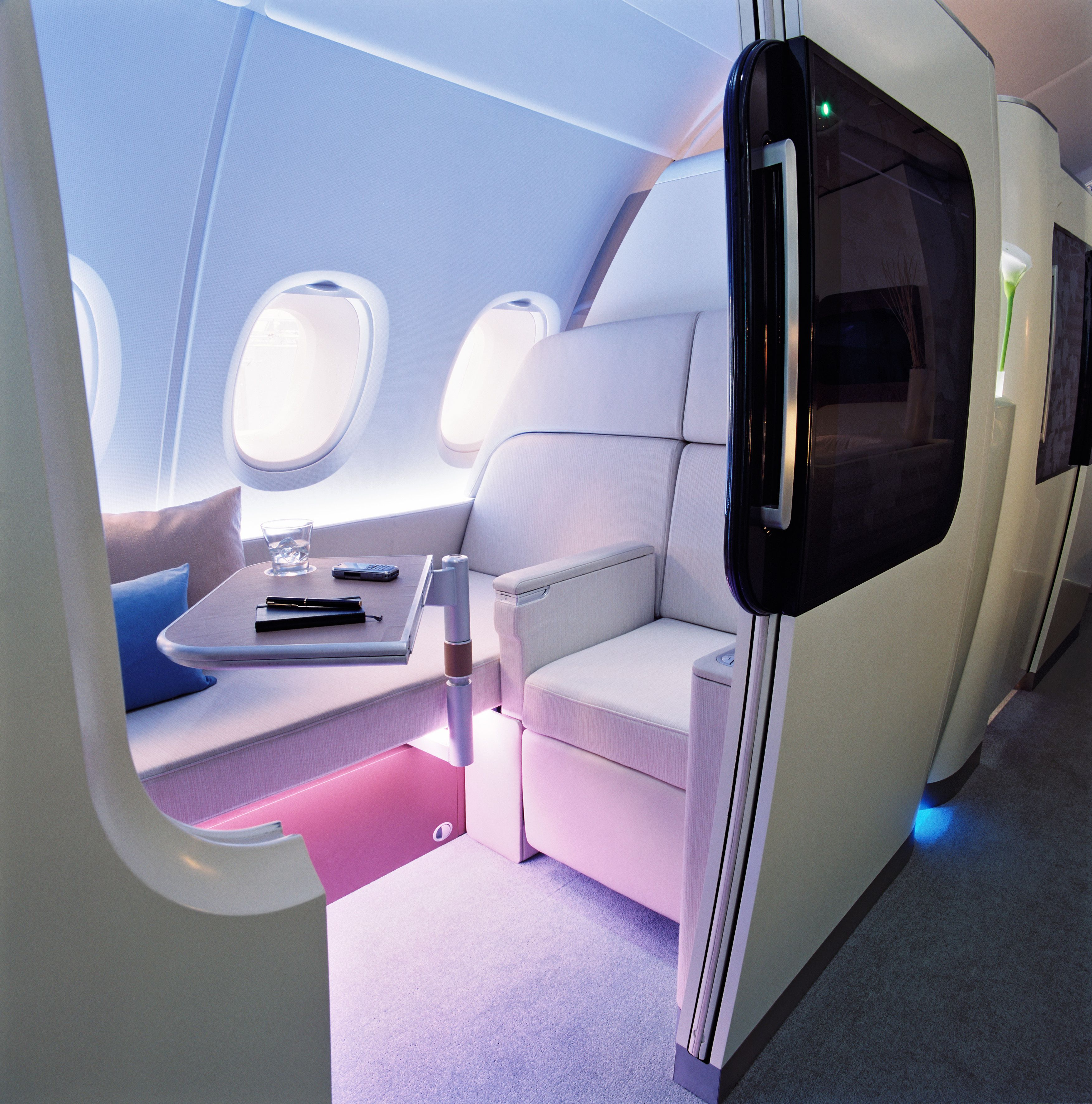 Airbus A380 Interior Private: Now That Looks Like The Way To Travel, It Also Looks VERY