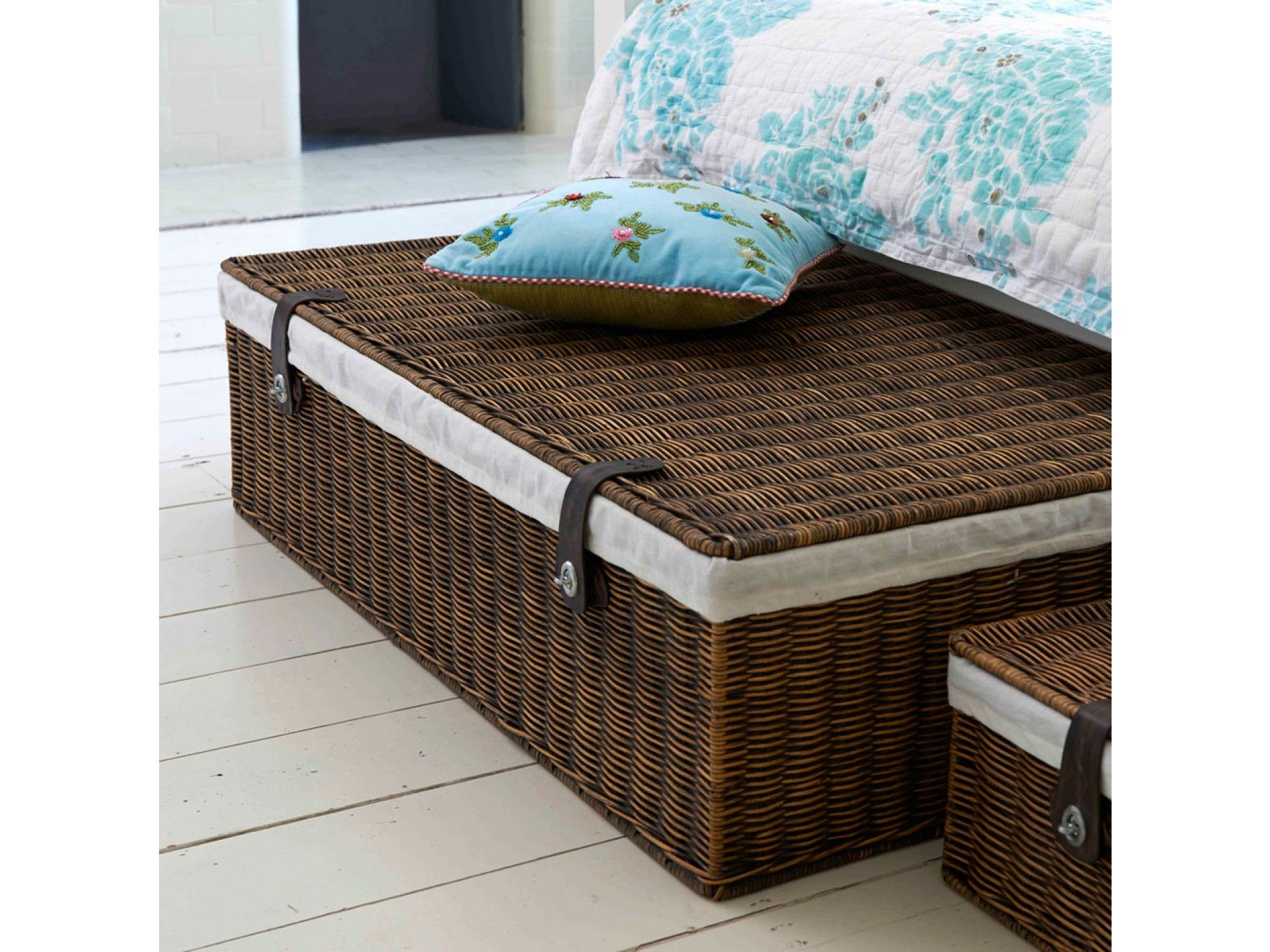 Underbed Storage Lined Rattan Basket Under bed storage