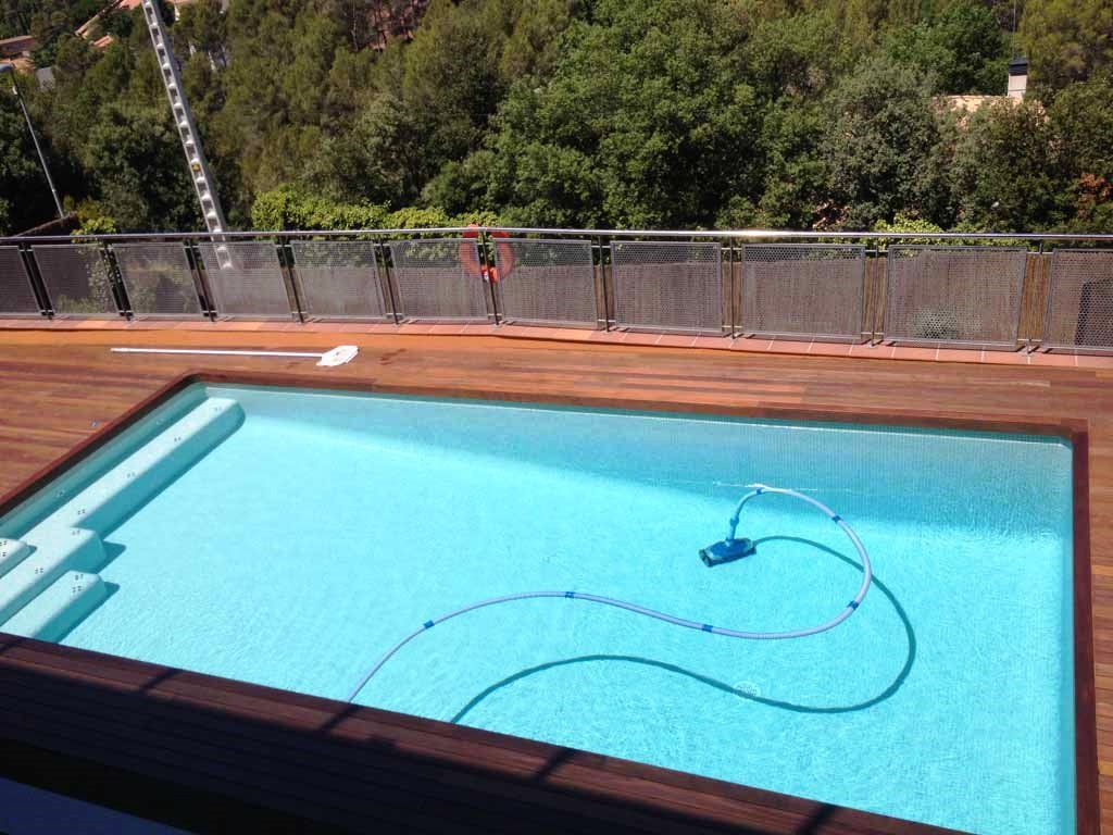 Piscina de ferr n piscinas piscina rectangular de uso for Piscina madera rectangular
