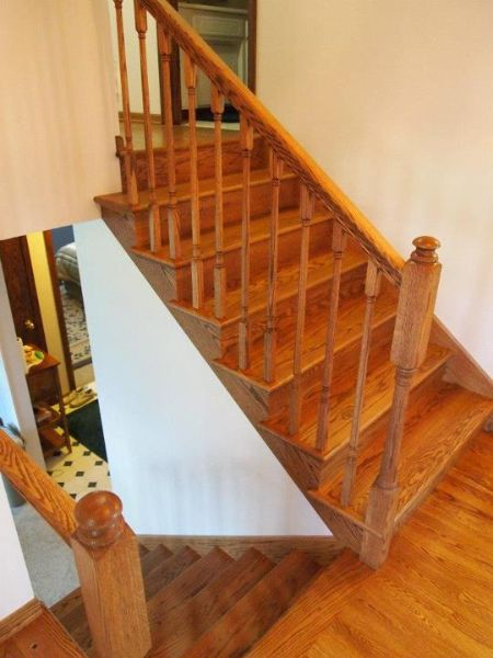 Best Stained Red Oak W Handrail Balusters And Newel Posts 640 x 480