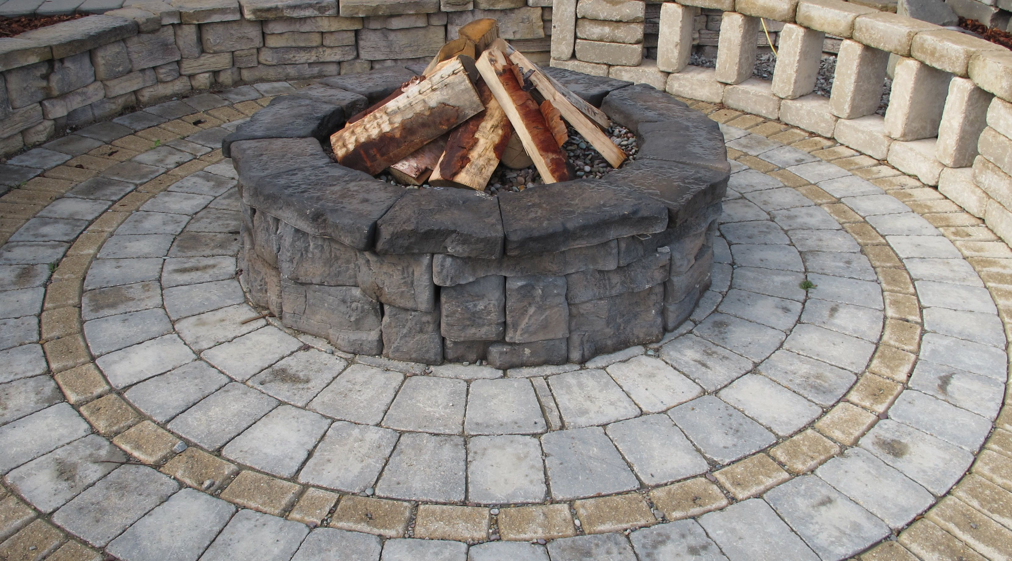 BURNCO Belvedere firepit kit and circle kit | Inspiring