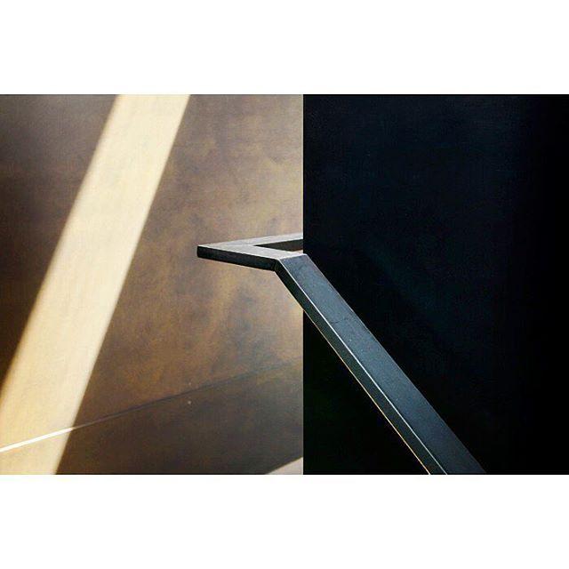 Montana Ranch House By Suyama Peterson Deguchi: Turn The Corner, Handrail Details In Blackened Steel