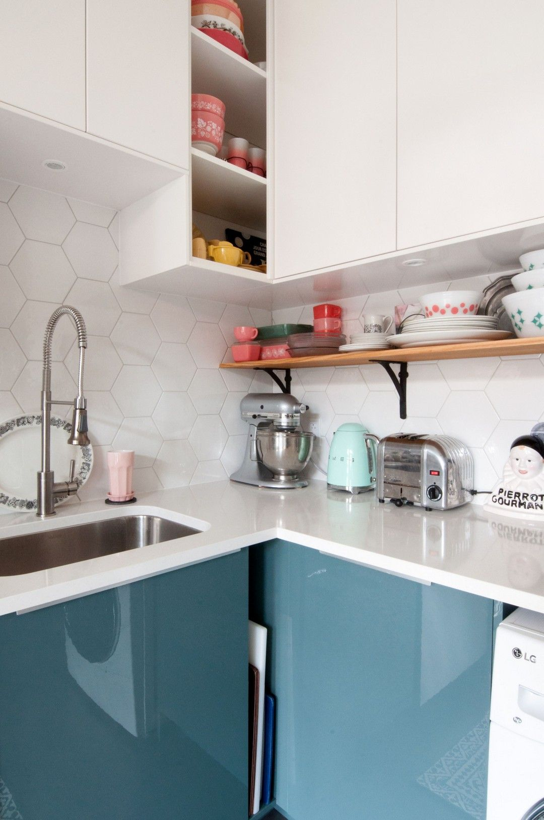 Easy Install Small Kitchen On A Budget