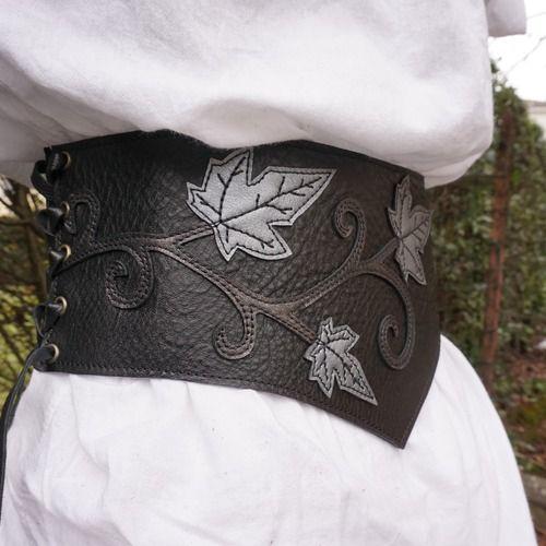 Serre taille noir   ceinture elfique large femme   serre taille cuir   ceinture  médiévale 2f0457960c0