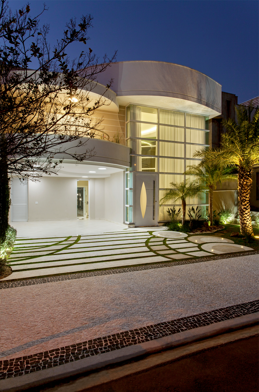 Casa sobrado com fachada moderna em terreno 12x30 for Fachadas modernas