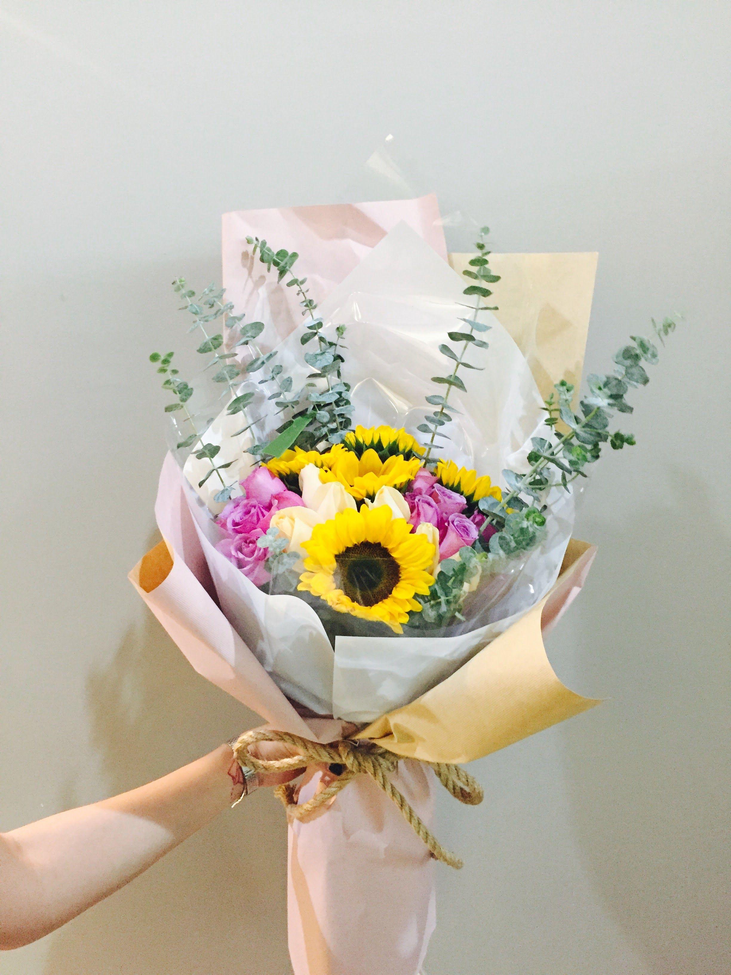 Florist flower bouquet mini bouquet flower designs florist flower bouquet mini bouquet flower designs sunflowers izmirmasajfo