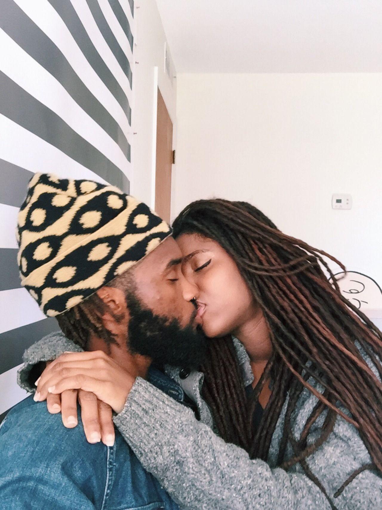 luonnolliset hiukset interracial dating dating eronnut nainen katolinen