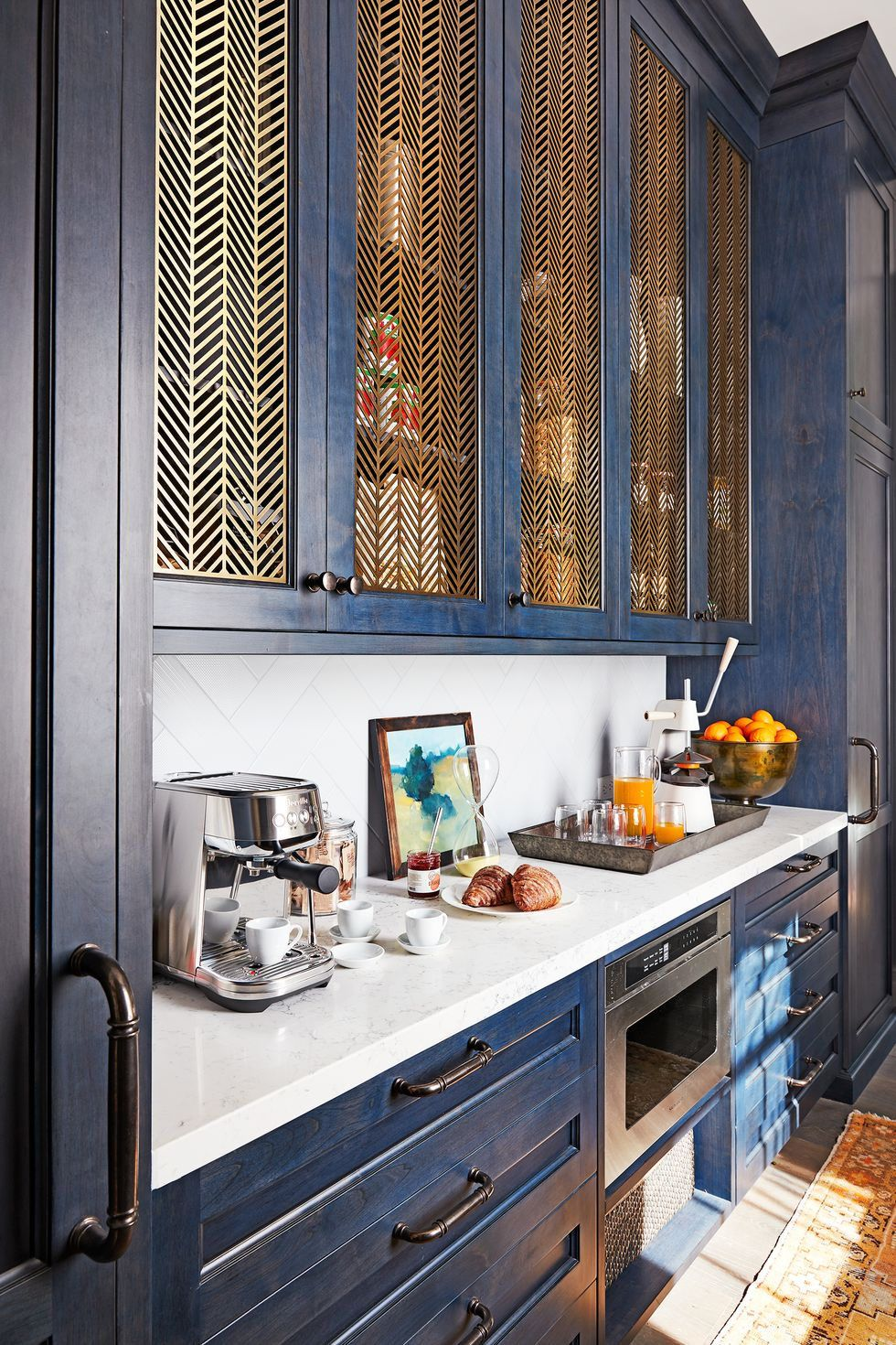 9 Creative Kitchen Cabinet Ideas We're Obsessed With   Kitchen ...