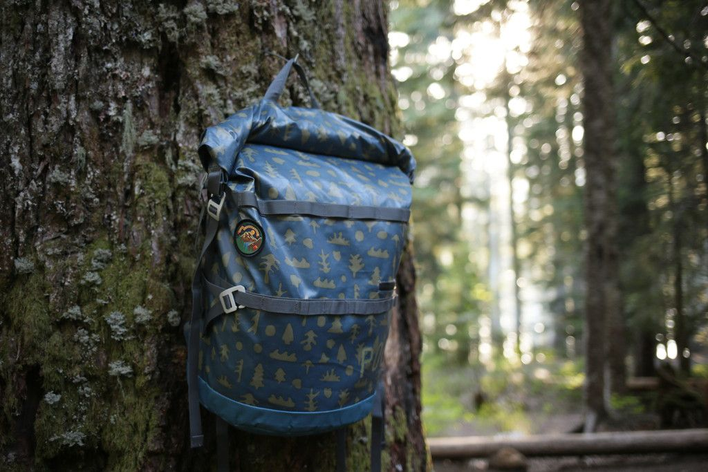 HIGH AND DRY PACK 40L MUSHY TREES - SPRING 15  #poler #polerstuff #campvibes