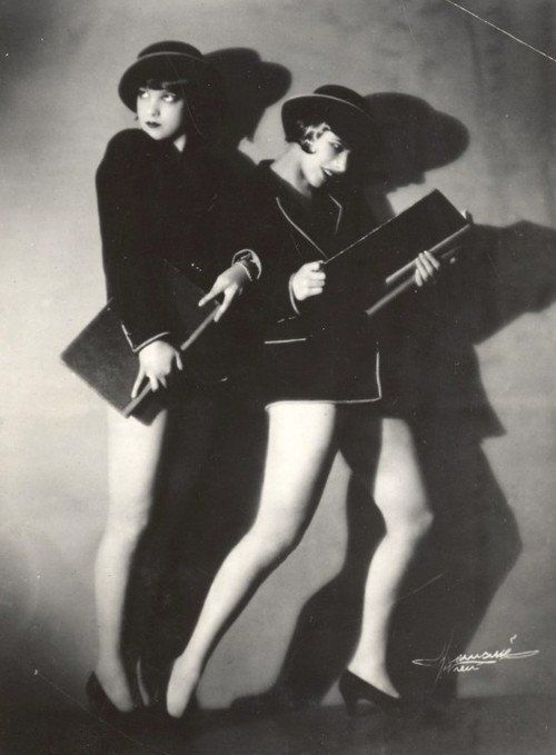 studio manassé. the dolly sisters.