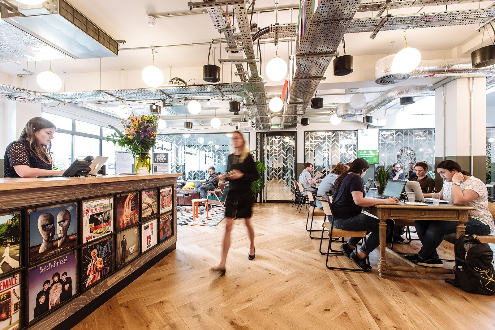 A Tour Of Wework Soho Sheraton House House Office Space Coworking Space
