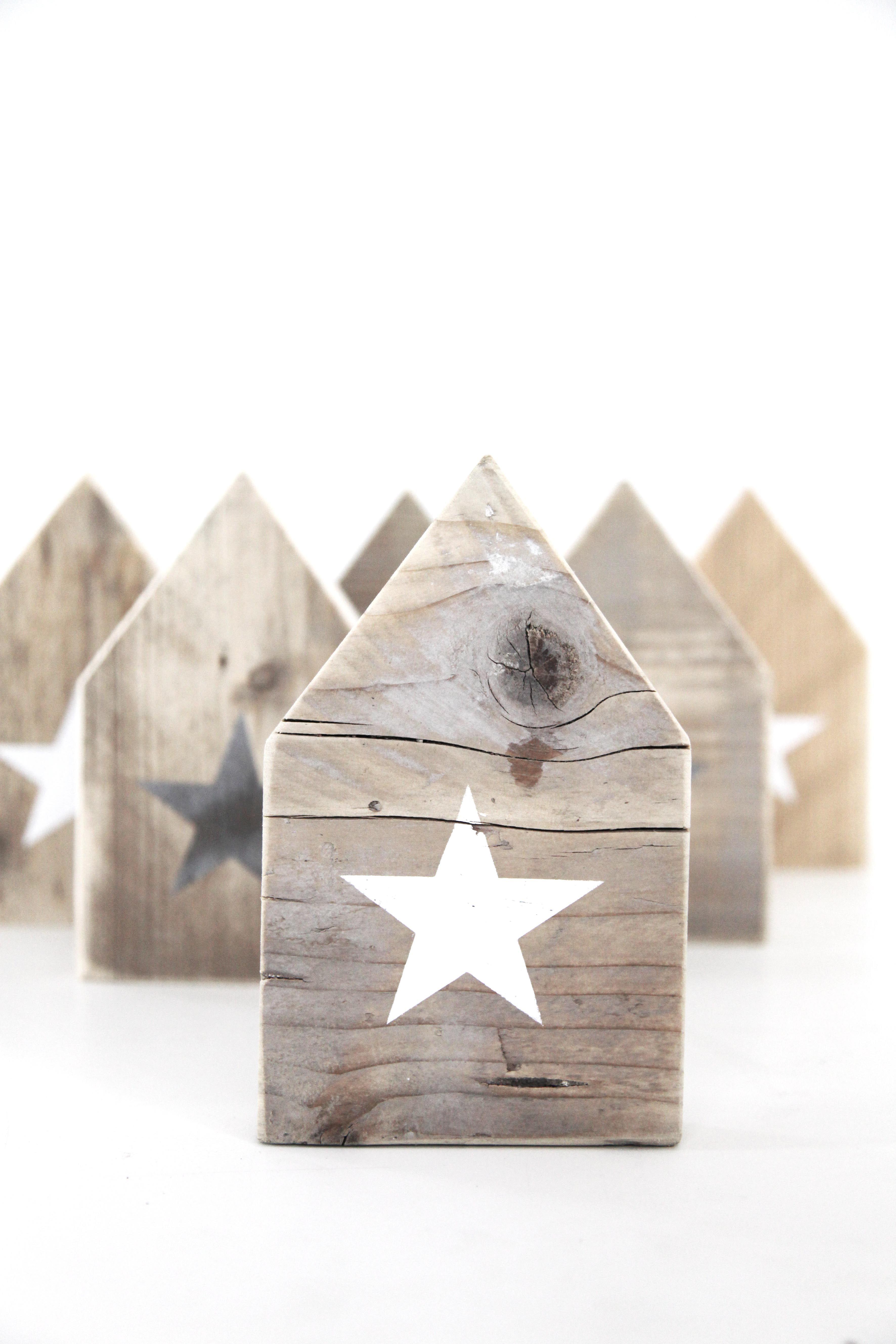 Diy Wooden Houses Business Idea Pinterest Noel Deco Noel And