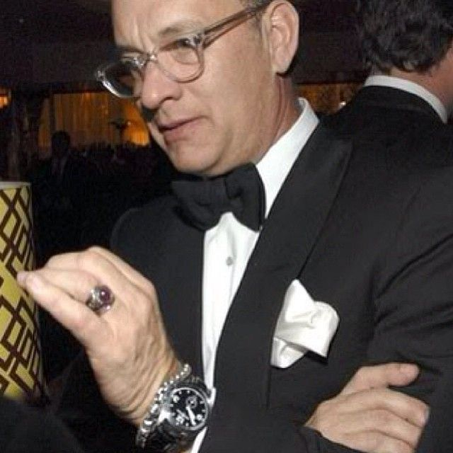 Tom Hanks sporting a Bell and Ross Vintage BR 123 Automatic ... Movieset