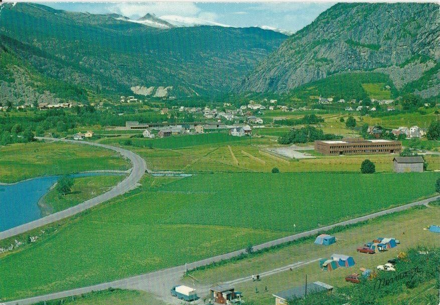Sogn og Fjordane fylke Luster kommune GaupneSandvik camping og hytter brukt 1975 Utg Normann
