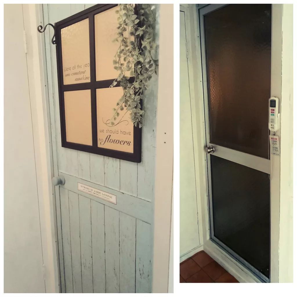 ダイソーのリメイクシートで お風呂のドアが大変身 リメイクシート ダイソー リメイクシート 古い家 Diy