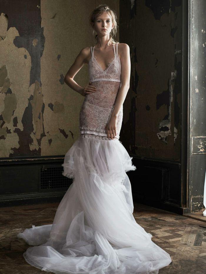 33 Sexy Brautkleider Ideen für künftige Bräute mit Schwung   Weddings
